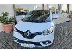 Renault SCENIC R-LINK