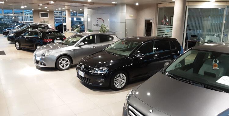 Showroom vendita auto nuove e usate ad Altamura, in provincia di Bari